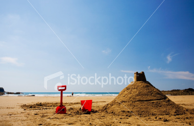 http://store.zcubes.com/8FF50AB370304785BEDB669B39E11CAB/Uploaded/ist2_3599277_sandcastle[1].jpg